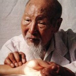 traditional-chinese-medicine-practitioner