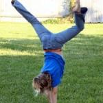 handstand-395105-m