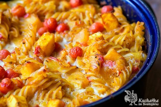 Těstoviny-s-dýní-a-rajčaty_web